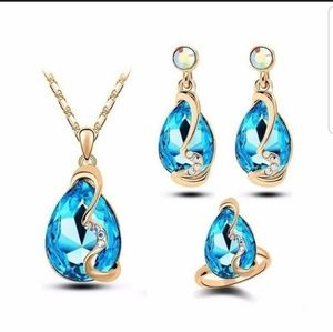 Jewelry - 18k gold plated Australian crystal 3 piece set